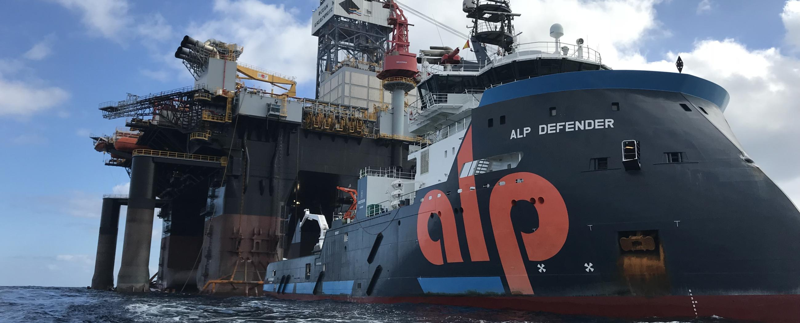 ALP-Defender-Ocean-Great-white-Diamond-largest-rig.JPG