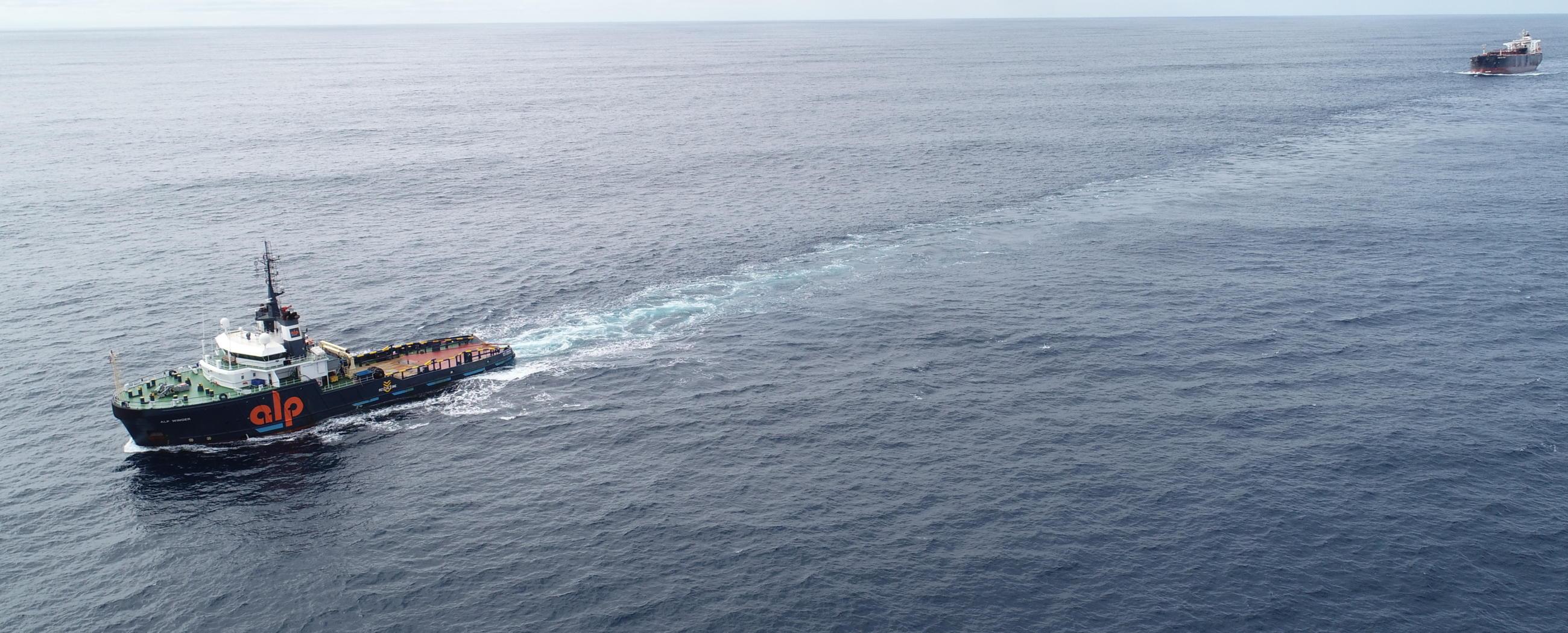 ALP-Winger-towing-MBC-Iron-chieftain-MAR19-3.JPG