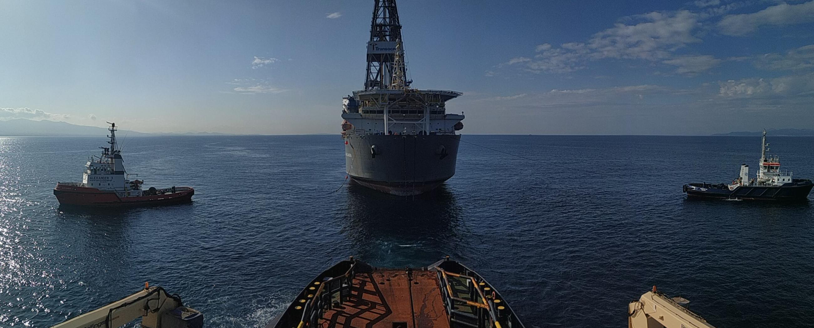 ALP-Centre-Drillship-Clear-Leader-towage-MAR2019-2.jpg