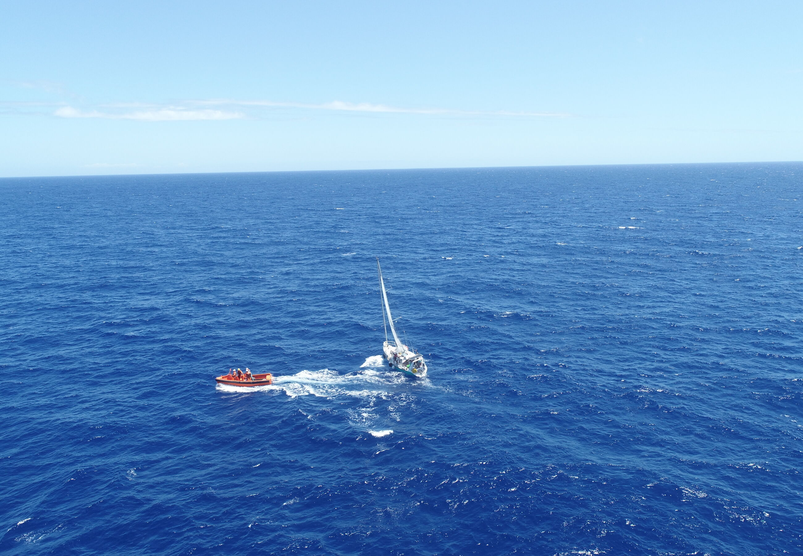 ALP Sweeper assists crew of yacht Jacotte