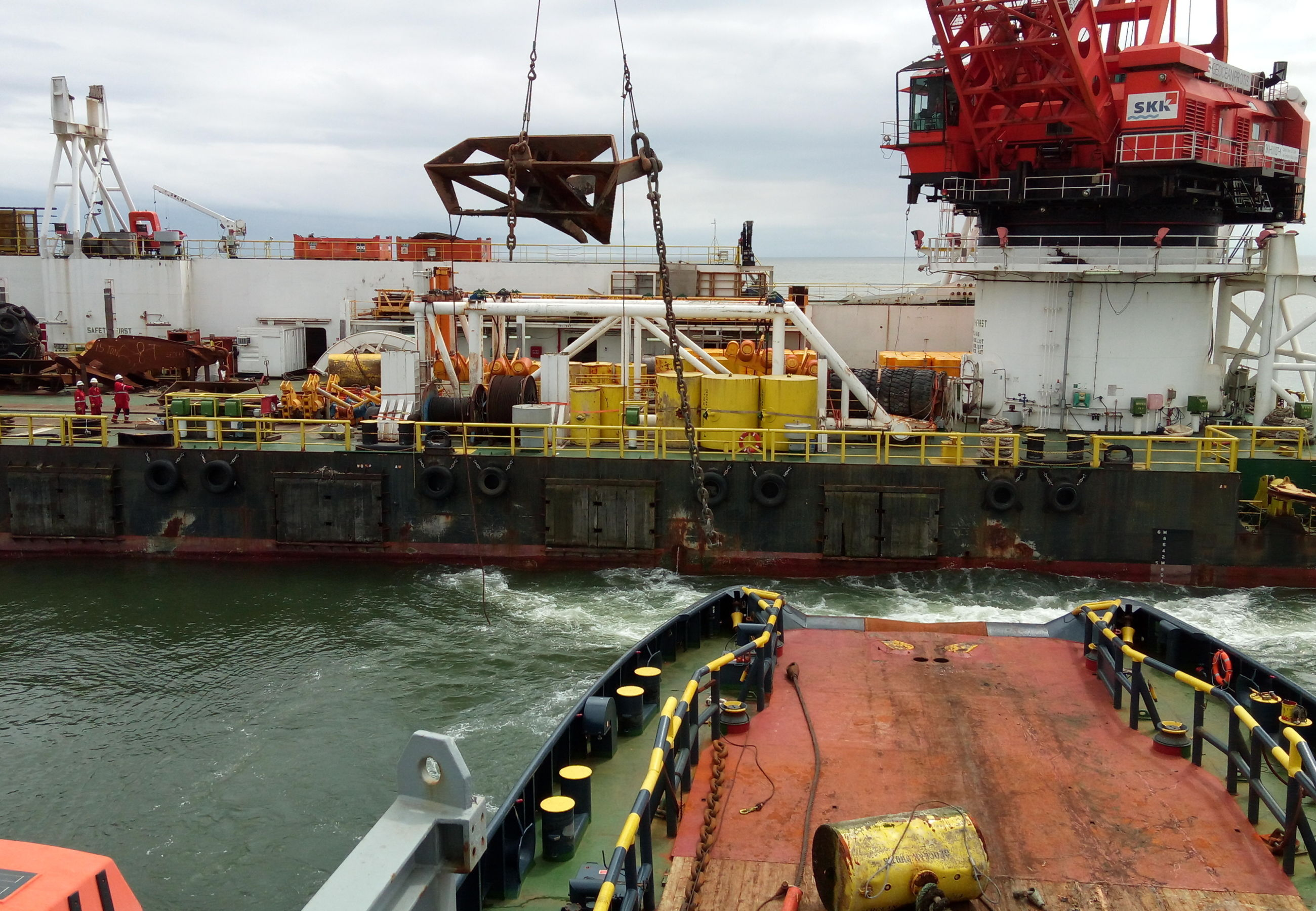 Alp Ippon Geocean Protis Barge Towage