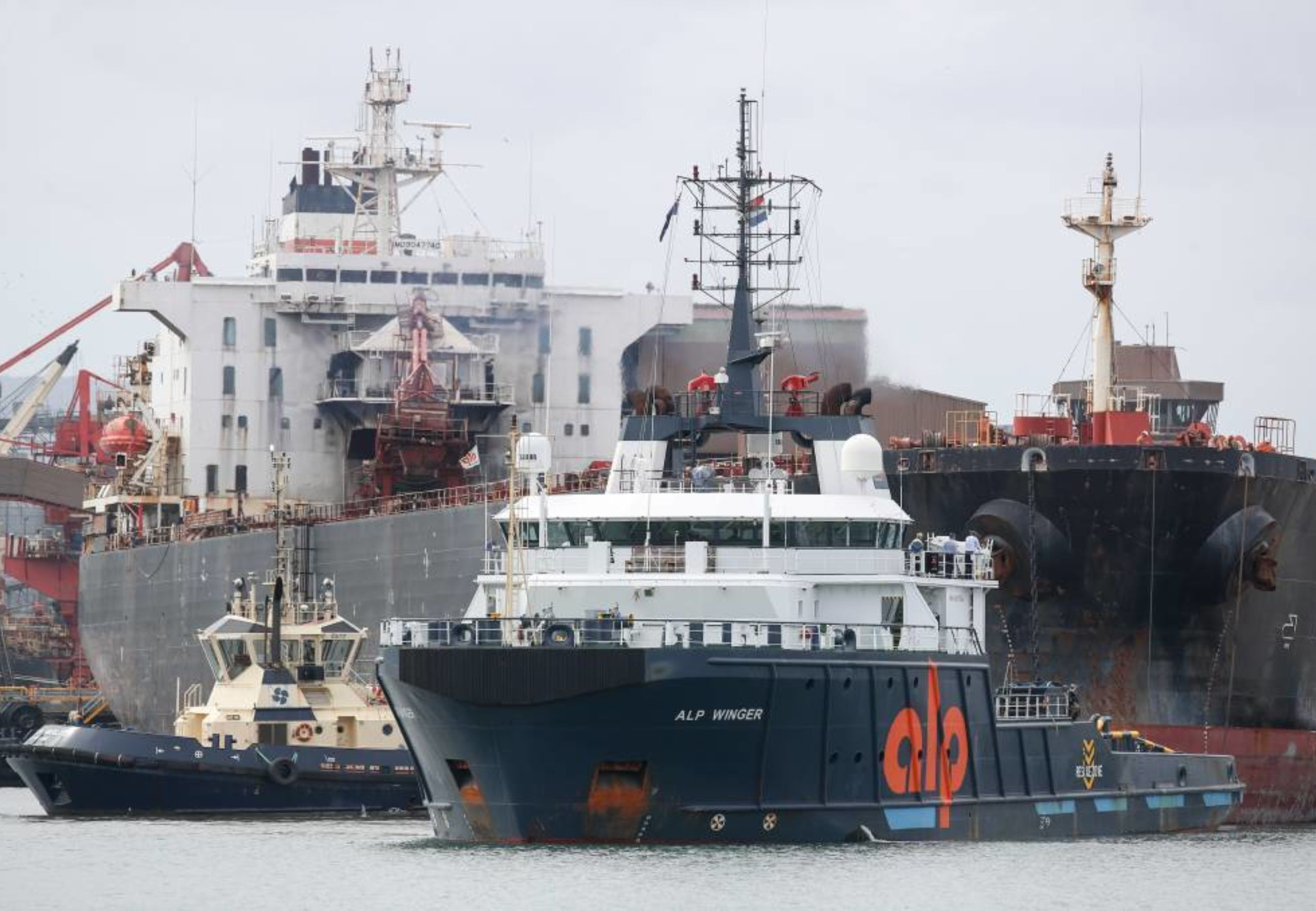 ALP Winger towing Iron Chieftain from Port Kembla Asutralia 2